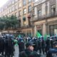 Campesinos bloquean Eje Central