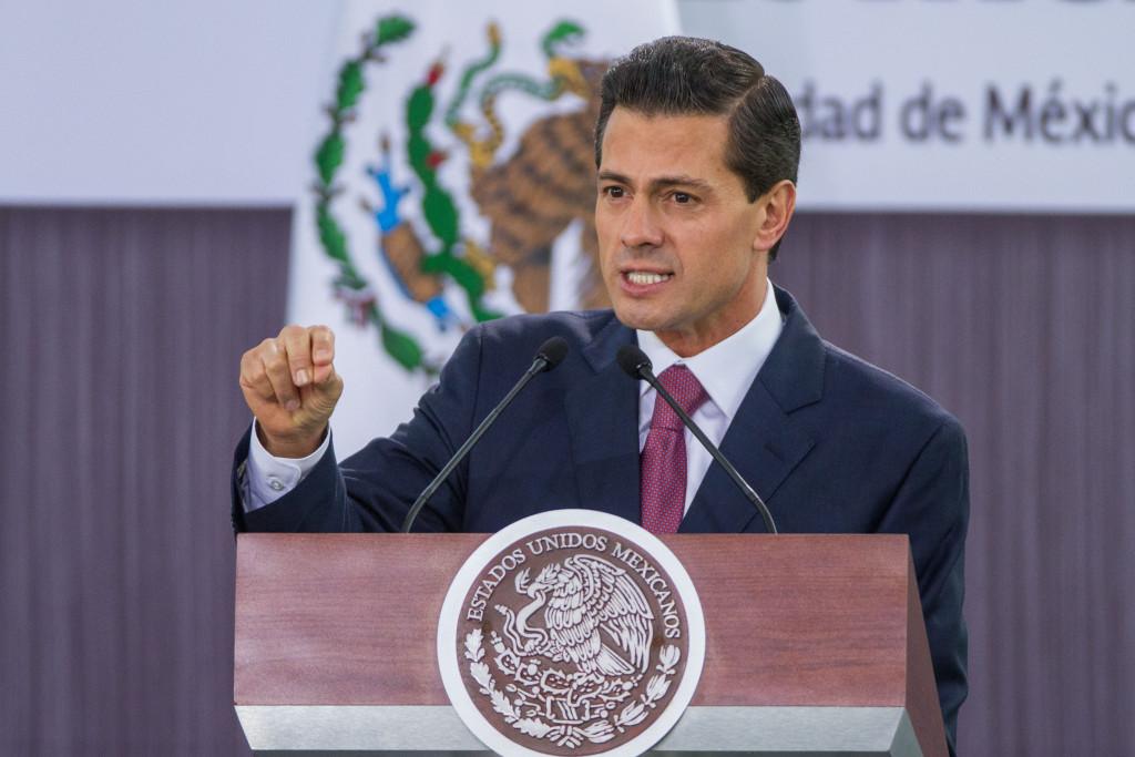"""""""Pemex se vuelve más rico"""": Peña Nieto"""