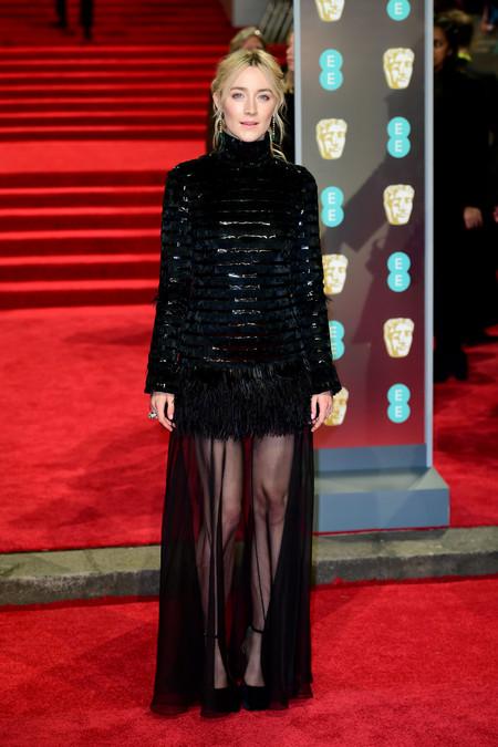 Saoirse Ronan llegando a la Alfombra Roja Premios BAFTA 2018