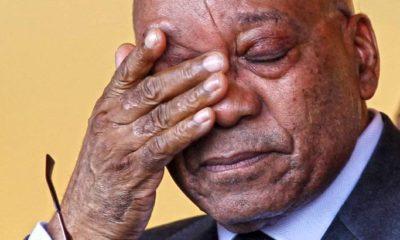 Renuncia presidente sudafricano por corrupción