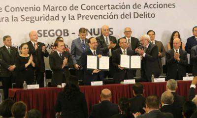 Navarrete Prida firma acuerdo con universidades
