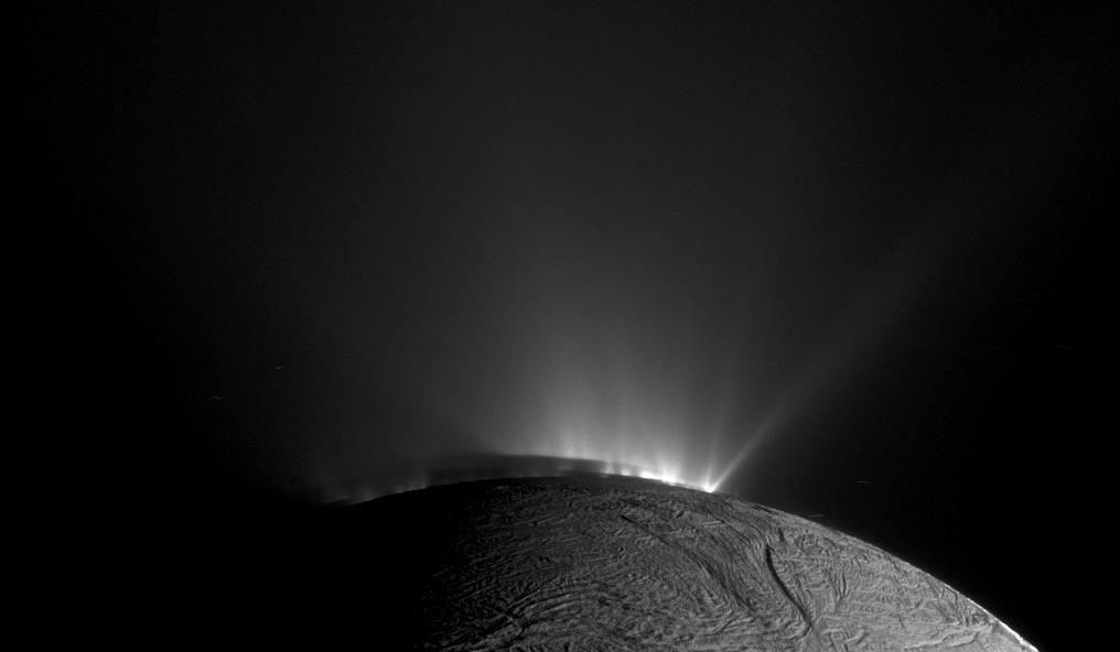 Saturno y su posibilidad de albergar vida