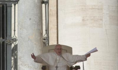 Papa no viene a foro paz