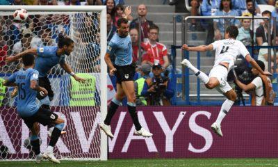 Francia acaba con Uruguay