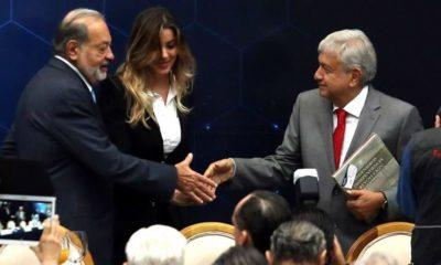 REENCUENTRO. El virtual presidente Andrés Manuel López Obrador y el empresario Carlos Slim, tras el proceso electoral en el que protagonizaron una confrontación por la construcción del Nuevo Aeropuerto Internacional de México