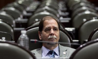 Agustín Basave abandona PRD