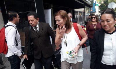 La bancada de Morena requiere ser liderada por alguien que quiera trabajar, dijo Tatiana Clouthier al abandonar la plenaria y luego de fallar en sus intentos de evadir a la prensa