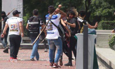 UNAM_pelea-porros_ciudad-universitaria_cch_