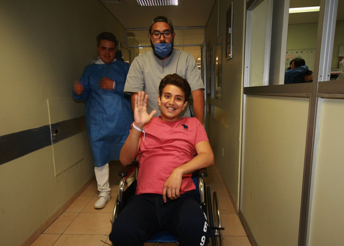 UNAM porros prepa estudiante herido