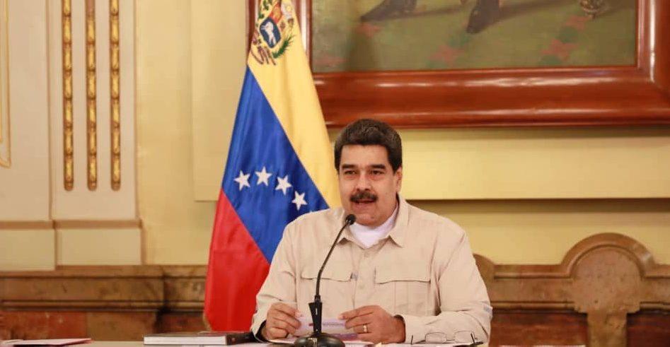 Nicolás Maduro da un mensaje