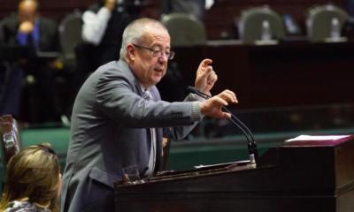 Carlos Urzúa económico