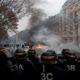 Francia más de 1700 detenidos por protestas contra el alza a gasolinas