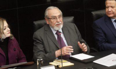 Bernardo Bátiz en durante su comparecencia ante la Comisión de Justicia del Senado