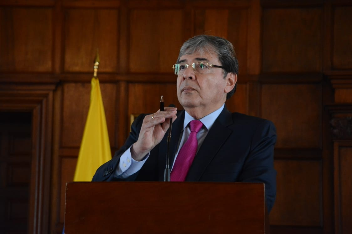 Holmes Trujillo