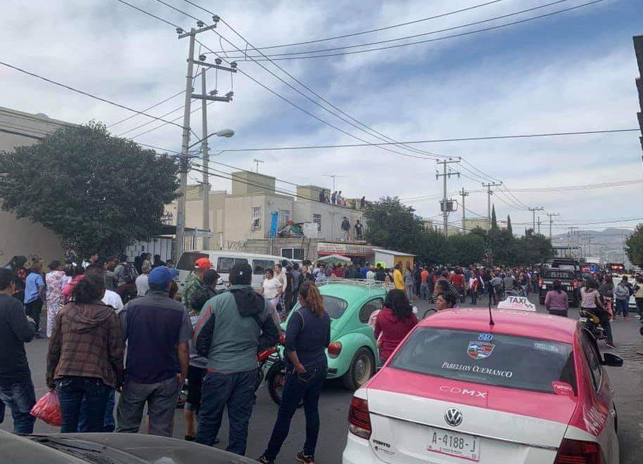 Vecinos de Valle de Chalco buscan al presunto asesino y violador de la niña Camila