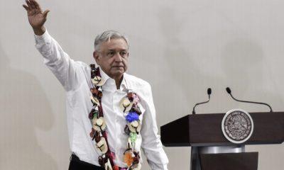 AMLO prometió trabajos con la SCT para la carretera Toluca-Altamirano