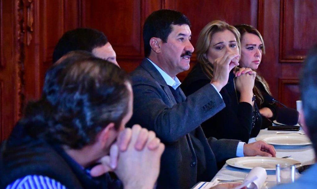 Javier Corral, gobernador de Chihuahua, anuncia acción de controversia institucional por uso de dinero del Fondo Minero para Tandas