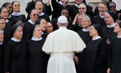 Papa monjas abusos