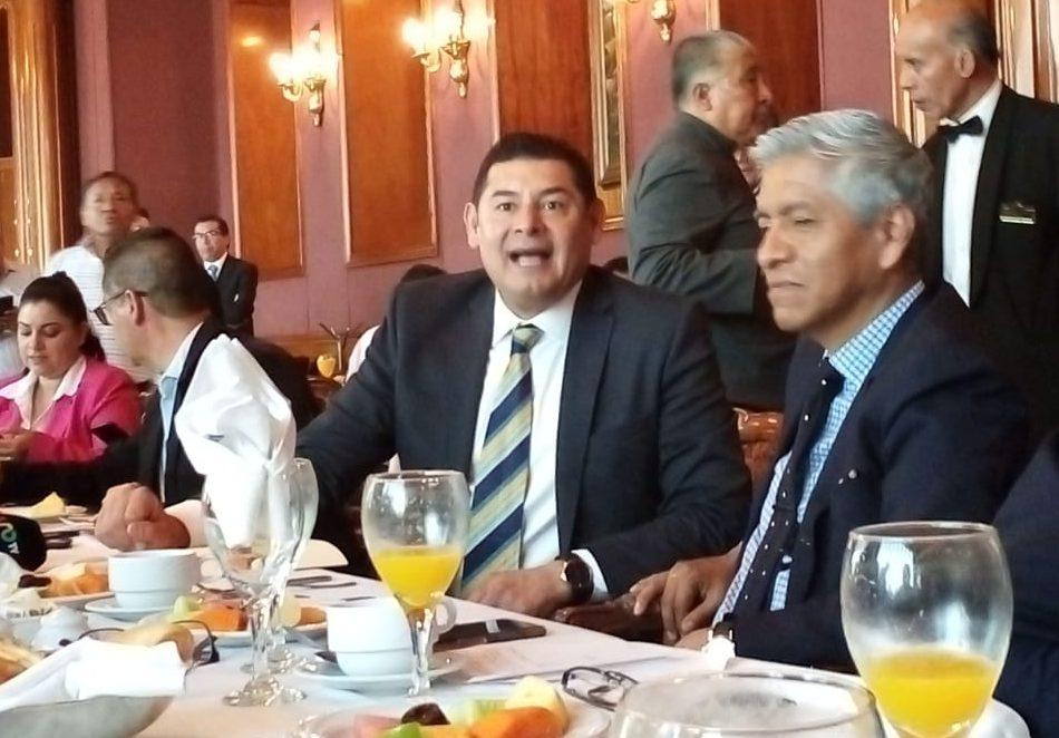 Alejandro Armenta acusó injerencia de Fernando Manzanilla