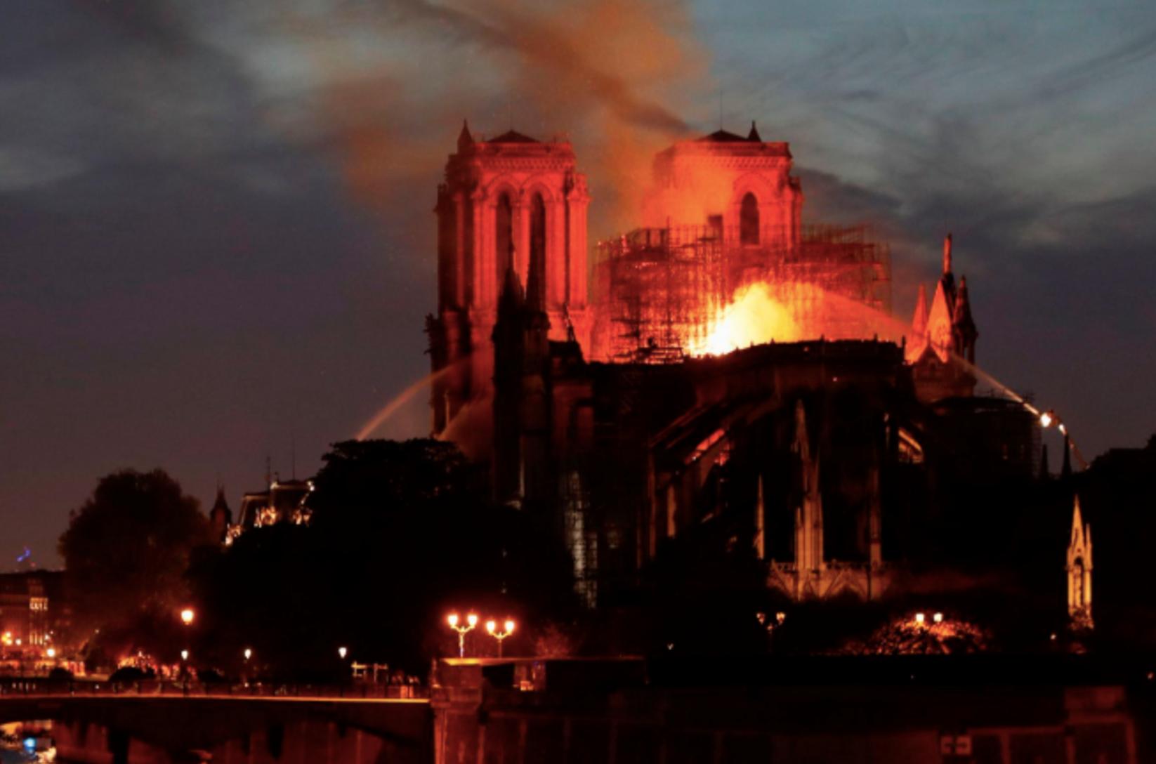 Notre Dame , el incendio y más en los números de México y el Mundo