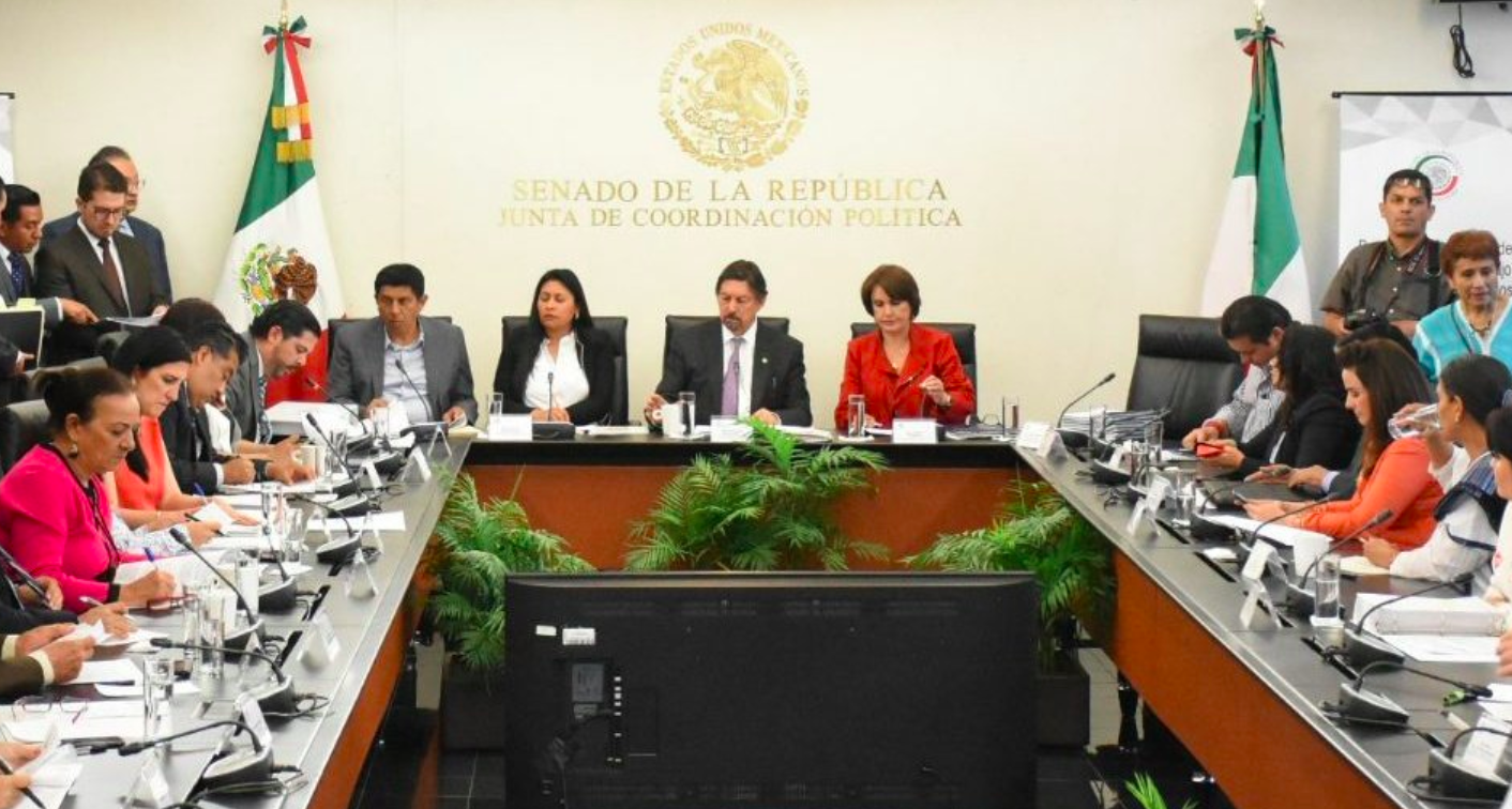 Reforma laboral avanza en el Senado