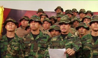 Militares venezolanos sublevados piden asilo a embajadas de Chile y Brasil