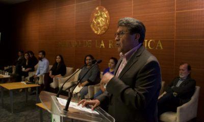 Ricardo Monreal pide a senadores de su bancada se porten bien/ La Hoguera