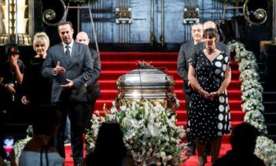 José José descansa por fin a 12 días de haber fallecido