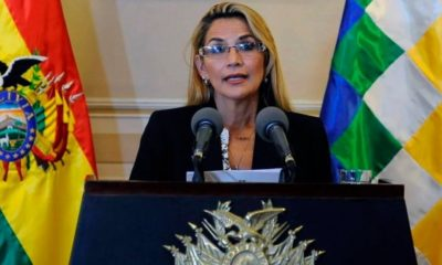 Áñez decreta impunidad a militares bolivianos represores