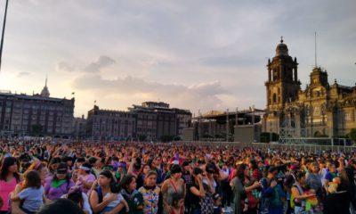 """México replica el performance chileno """"un violador en tu camino"""""""