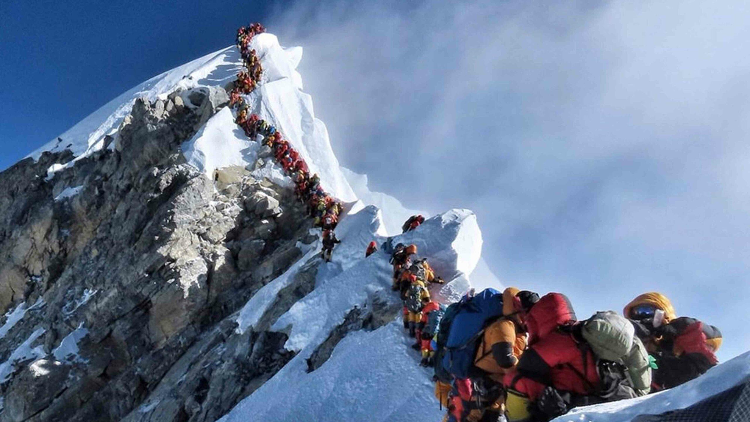Mueren alpinistas en el pico del Gran Sasso, Italia