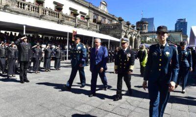 """Fuerzas Armadas reiteran """"lealtad inquebrantable"""" a AMLO"""
