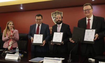 Brindar certeza y seguridad jurídica electoral forma parte de nuestra labor: Fuentes Barrera