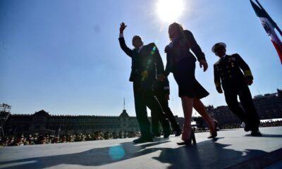 Ante protesta feminista, AMLO especula de golpe de Estado 'a la chilena'