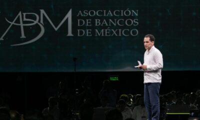 """Herrera plantea en convención de la ABM que Salud """"marque el tono"""""""