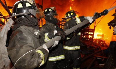 Dos menores muertos en incendio de Central de Abasto