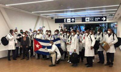 Llegan a México médicos y enfermeras cubanos