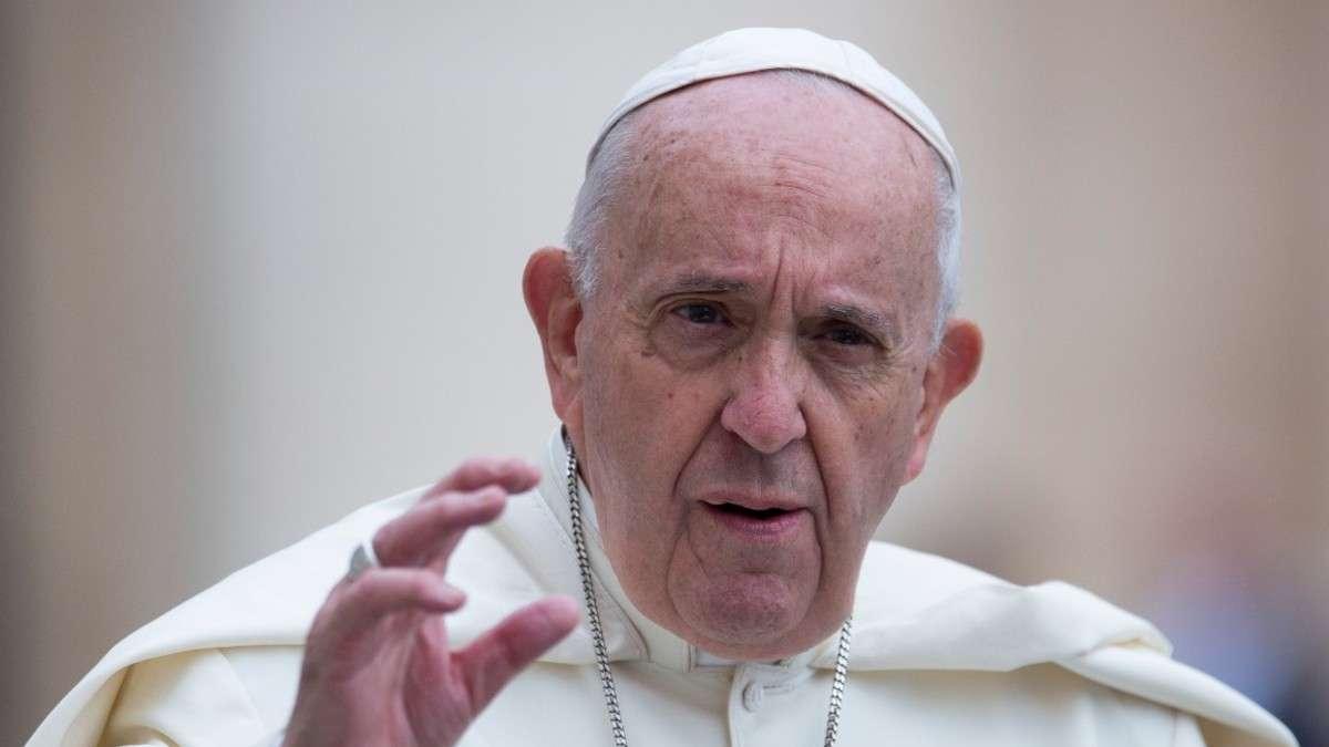 Estar de lado de los pobres no es ser comunista: Papa Francisco