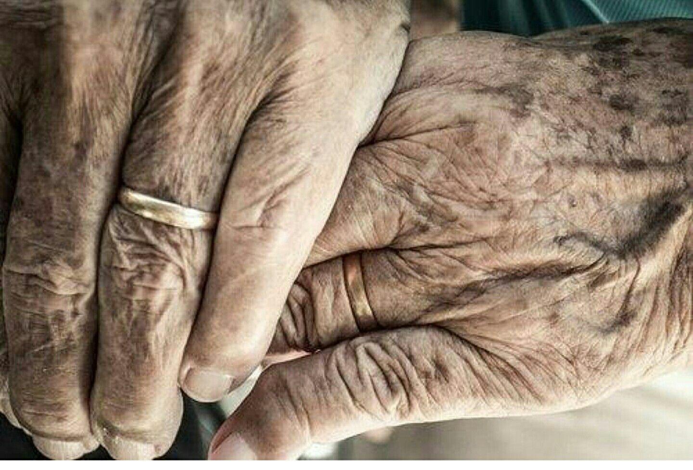Inglés veterano de guerra de 99 años sobrevive al coronavirus